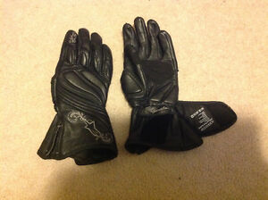 Motorcycle Gloves - Woman's Large