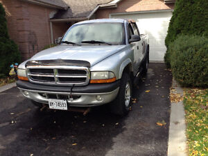 2004 Dodge Dakota Sport Pickup Truck with plow