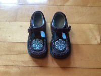 Little girls Clarks's shoes size 6 1/2