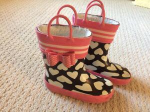 Girls fleece lined rubber boots size 10 $15
