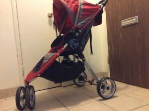 Britax quick fold ,single hand fold Stroller, Red