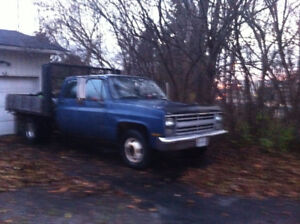 1988 Chevy Flat bed 1 ton Diesel Crew Cab