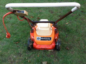 GE ElectroMulch electric lawn mover-excellent working condition