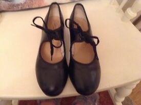 Dance tap shoes size 5