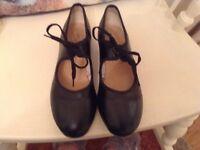 Dance tap shoes size 5