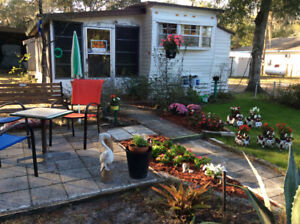 Furnished Mobile Home for Sale, Located in Lady Lake Florida