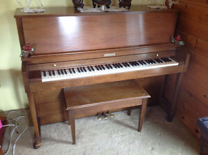Baldwin (Hamilton) upright Piano with stool