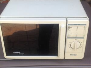 Microwave (Small)