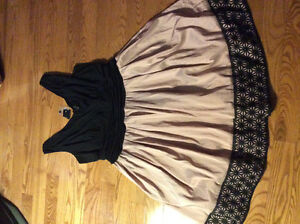 Laura dress -size 22 new with tag