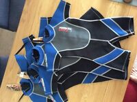 Nalu shortie wetsuits 4x