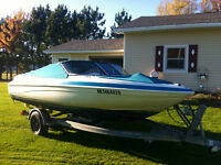 1994 Glastron bowrider - 7 seater boat