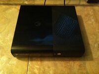 Xbox 360 slim 250g avec 7 jeux et tritton headset