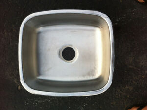 Stainless Steel sink - single