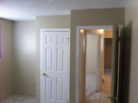 U of W - 2 BEDROOM APT $750 ALL INCL WITH FREE WIFI & LAUNDRY