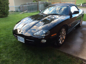 Jaguar 2006 xk8 triple black convertible