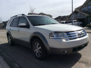 2009 Ford FreeStyle/Taurus X SEL SUV, Crossover