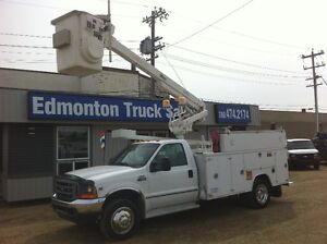 2001 Ford F-450 XL  32FT ALTEC MANLIFT / SERVICE BODY