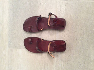 Minimal Leather Sandals Size 38
