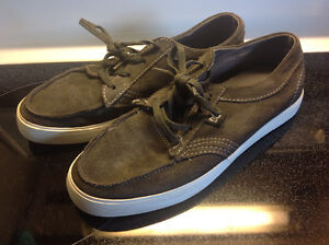DC size 7 sneakers,