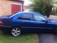 MERCEDES BENZ C CLASS,SERVICE HISTORY,BLUETOOTH