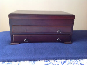 Large Jewellery Chest