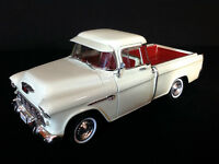 Die Cast Ertl 1955 Chevy Cameo 3100 Pick Up Truck (White)