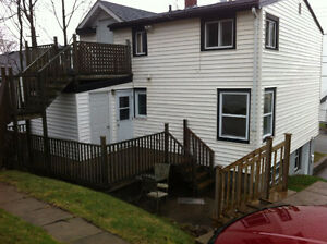 North end Halifax, Pet Friendly 2 bedroom
