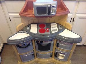 Kitchen centre for children's like new