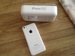 White iPhone 5c 16 gb unlocked for sale