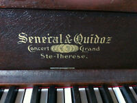 Senecal & Quidnoz Vetical Piano