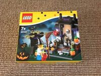 Lego Halloween trick or treat limited edition set