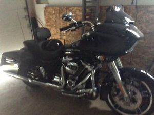 HArley Road Glide Special 2017 8000 km