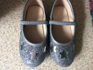 Toddler size 9 dress shoes