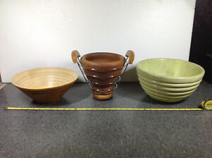 3 decorative bowls