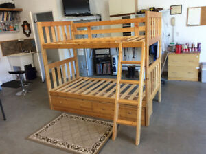 Bunk beds, Twin size