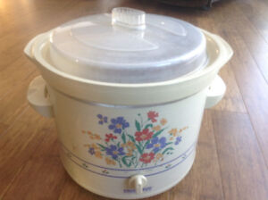 Vintage Rival Crockpot Stoneware Slow Cooker NEW PRICE