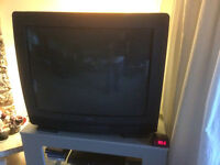 """32"""" RCA TV With Remote Control Audio video Inputs"""