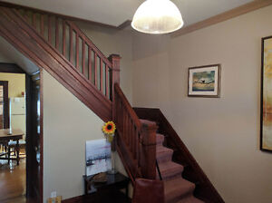 LARGE TWO BEDROOM AVAILABLE London Ontario image 2