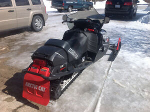 VERY Clean and Prrrrrfict runner Remote start 2005 Arctic Cat Sa