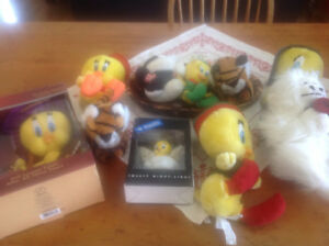 New Tweety bird stuffed animals/ Toutou Neuf tweety bird.