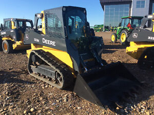 JOHN DEERE 323E NEW DEMO SKID STEER BLOW OUT SALE SAVE $38,331