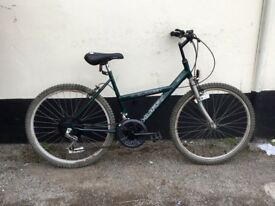 "LADIES MOUNTAIN BIKE 18"" FRAME £35"