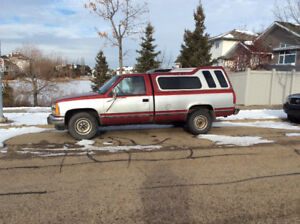 awesome truck 1990 chev 2500.