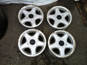 4 Mags 15 pouces 5 x 114.3mm