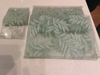 Glass place mats and coasters