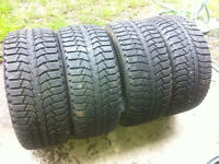 Maxxis 245 40 18 Presa spike tires set of 4 over 80% tread these