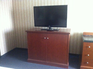 BEDROOM SET 3 PC DOUBLE OR KING
