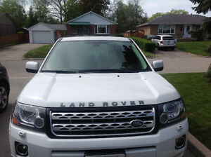 2013 Land Rover LR2 HSE SUV, Crossover