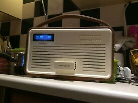 View Quest Retro DAB radio