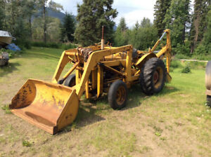 Early 1960 Ford 800 series tractor front end loader and backhoe